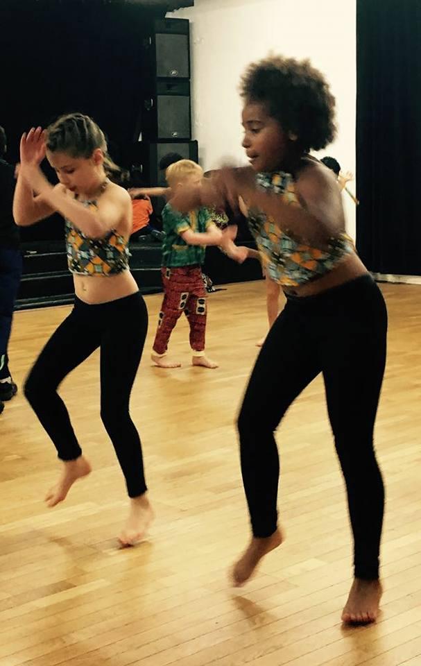 centre momboye, danse nadege, danse africaine , danse africaine enfant, cours de danse